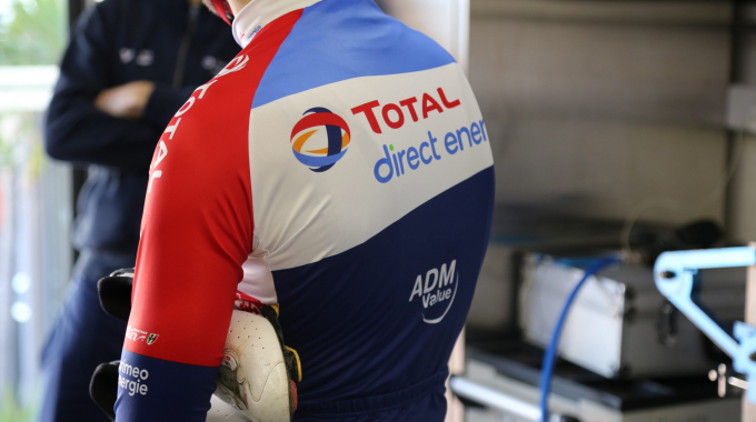 Le Team Total Direct Energie recrute un / une entraîneur